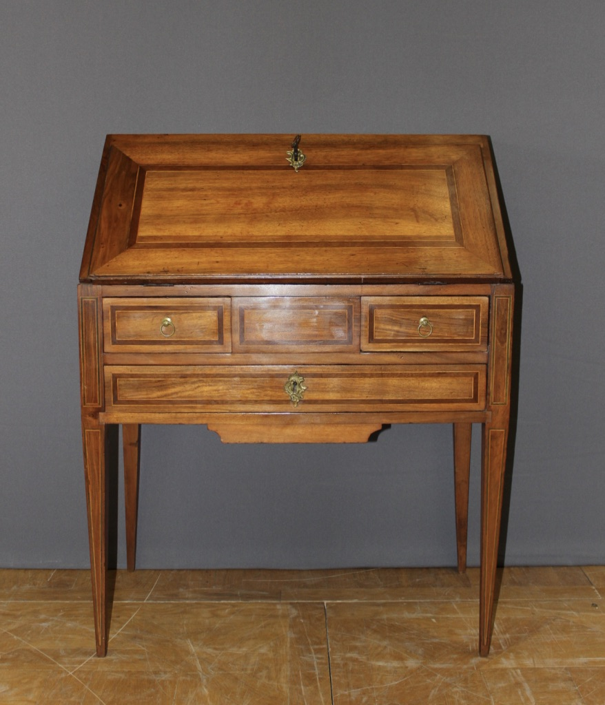 LOUIS XVI PERIOD SLOPE TOP DESK